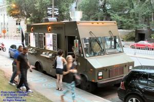Montreal Food Trucks - Au Pied de Cochon