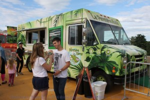 Montreal Food Trucks - La Panthere Verte Mobile