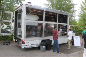 MFT P900 072614 01SM 300x199 Montreal Food Trucks – July 29 juillet 2014