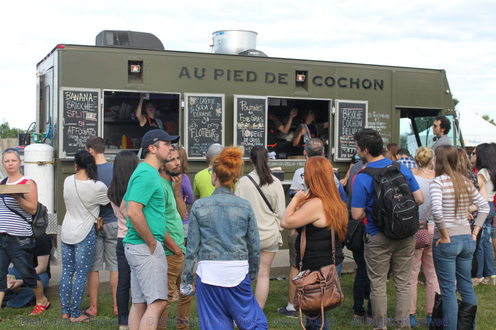 2015 may montreal food trucks for Piscine bourgonniere